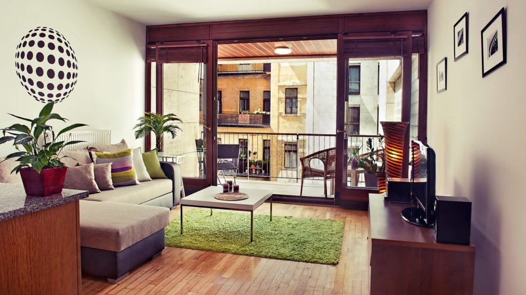 airbnb budapest apartment